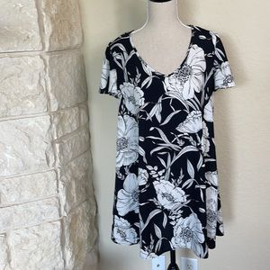 Black and White Floral Tunic Dress